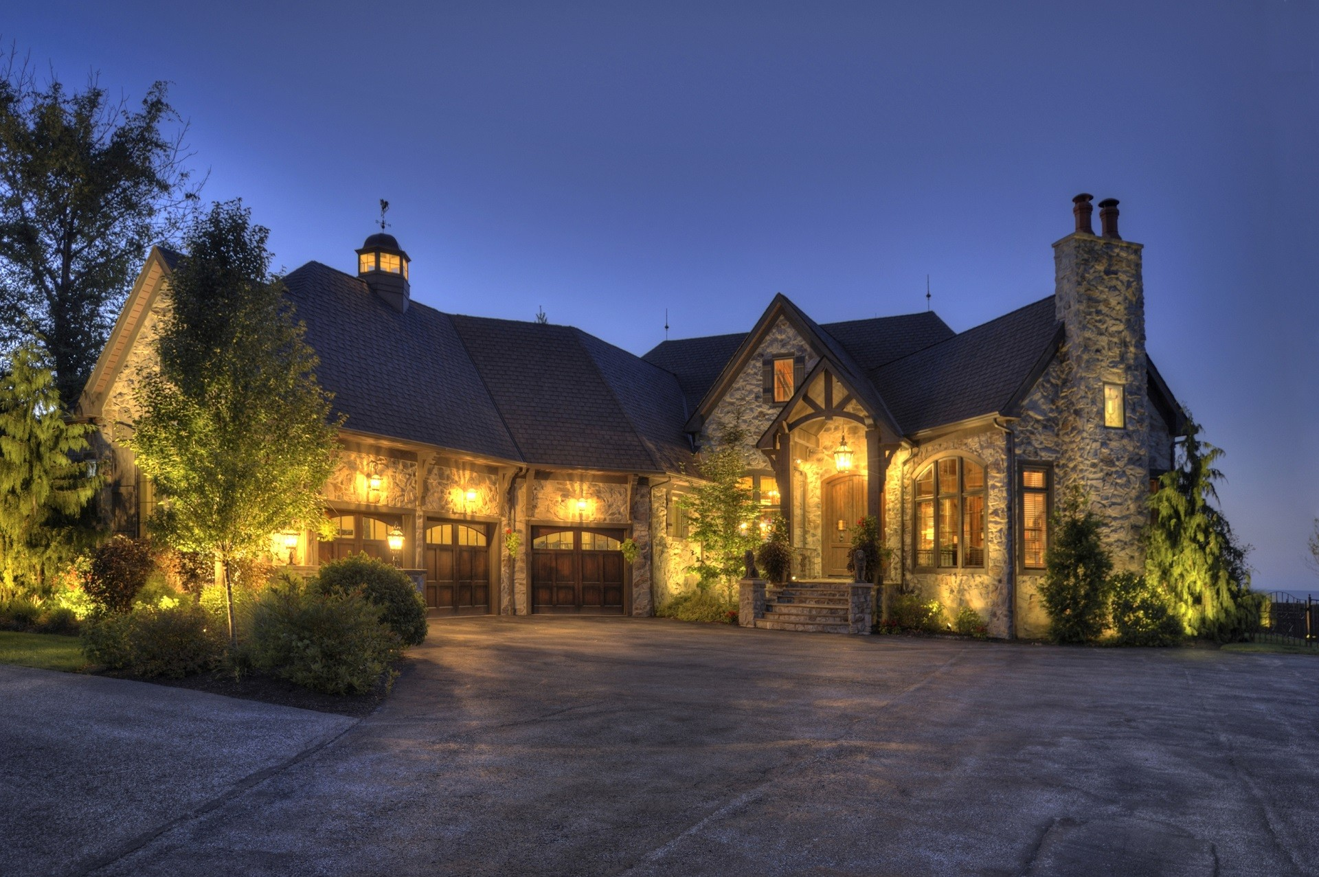 Matthews Luxury Estates North Carolina Real Estate